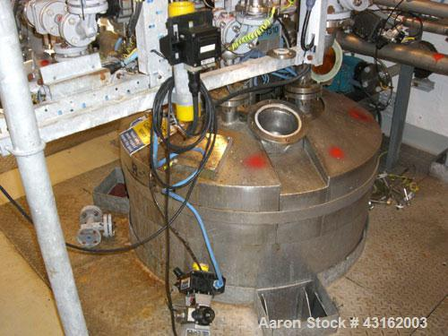 Used-PSV Fabs approximately 300 liter working capacity and 340 liter total capacity Hastelloy C22 vertical reactor. Unit has...
