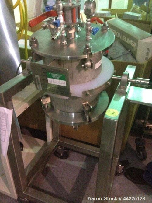 Used- Pfaudler Reactor, 10 Gallon. Hastelloy construction. Bolt-on removable dish top, dish bottom, rated 300 psi at 450 F i...