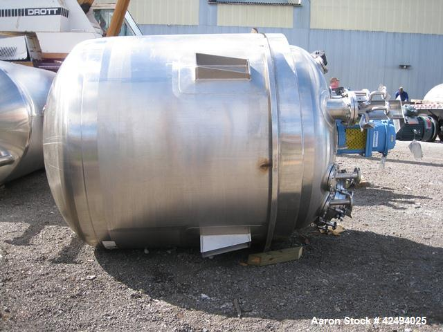 "Used- Apache reactor, 1000 Gallon, 316L stainless steel construction, 66"" diameter x 60"" straight side, semi elliptical top ..."