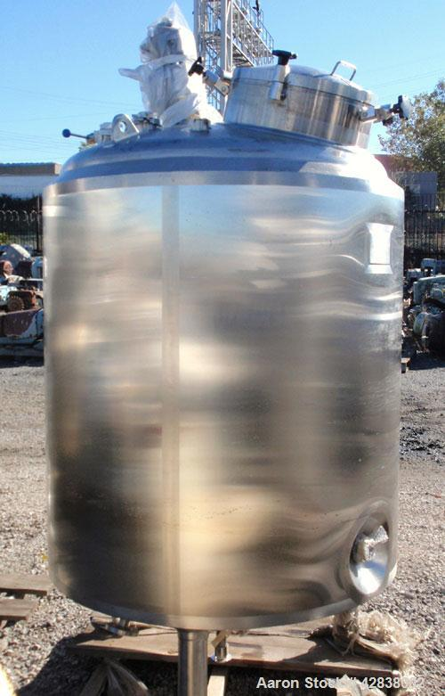 "Unused- ADM Stainless Reactor, 1500 Liter (396 Gallons), 316L Stainless Steel, Vertical. Approximate 42"" diameter x 54"" stra..."
