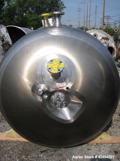 "Used- Apache reactor, 500 Gallon, 316L stainless steel construction, 54"" diameter x 48"" straight side, semi elliptical top a..."