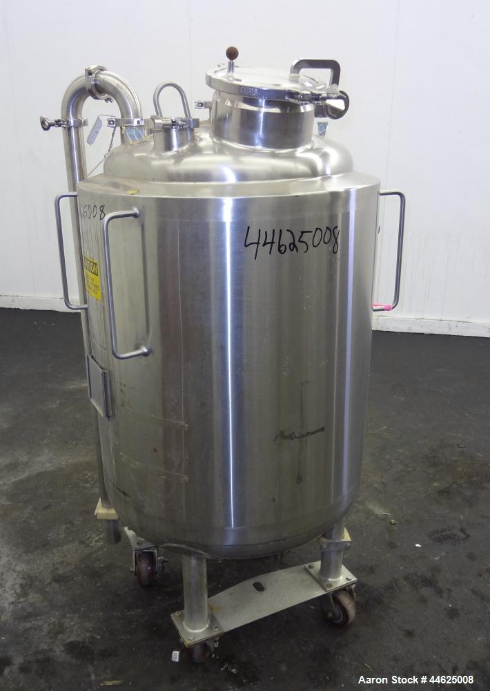 """Used- Apache Stainless Reactor, 250 Liter (66 Gallon), 316L Stainless Steel, Vertical. 22.73"""" Diameter x 29"""" straight side, ..."""