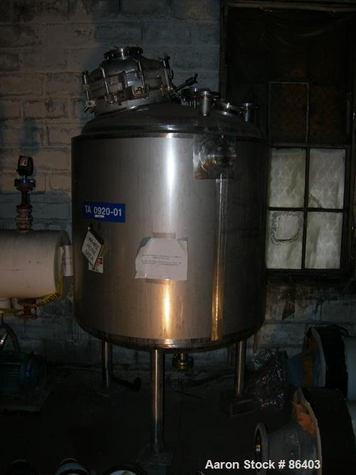 "USED: Apache Stainless reactor, 300 gallon, 316 stainless steel, vertical. 42"" diameter x 45"" straight side. Dished top and ..."