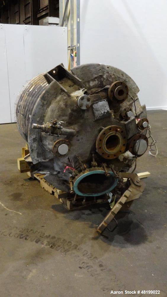 """Used- Brighton Reactor, 250 Gallon, 316L Stainless Steel. Approximate 42"""" diameter x 40"""" straight side, dished top and botto..."""