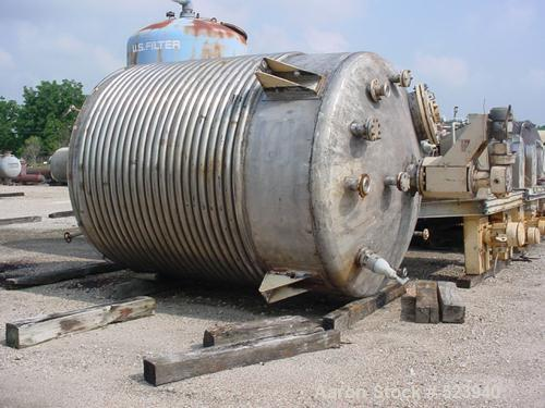 USED: Camden Alloy 5200 gallon reactor, 316L stainless steel. 9' diameter x 11' high. Dished top/bottom heads. Vessel rated1...