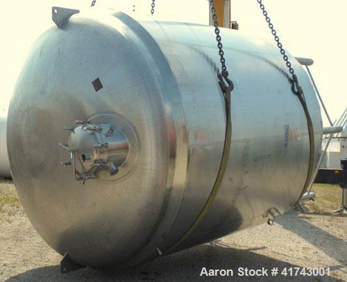 "Used- Cherry Burrell Reactor, 5000 Gallon, 316L Stainless Steel, Vertical. 120"" diameter x 86"" straight side, dished top and..."