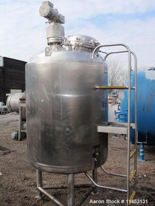 "Used-1250 Liter (330 Gallon) Cherry Burrell Reactor. 316 stainless steel construction, 42"" diameter x 48"" straight side, dis..."