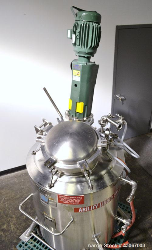 Used- Cherry-Burrell Reactor, 100 Gallon, 316L Stainless Steel, Vertical.30'' Diameter x 30'' straight side, dished top and ...