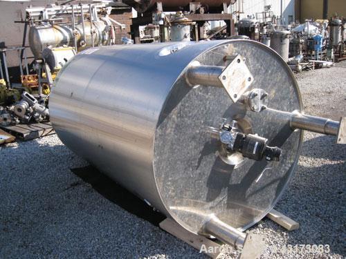 "Used- DCI Reactor, 2500 Liter (660 Gallon), 316L Stainless Steel Construction. 48"" Diameter x 79"" straight side, dish top an..."