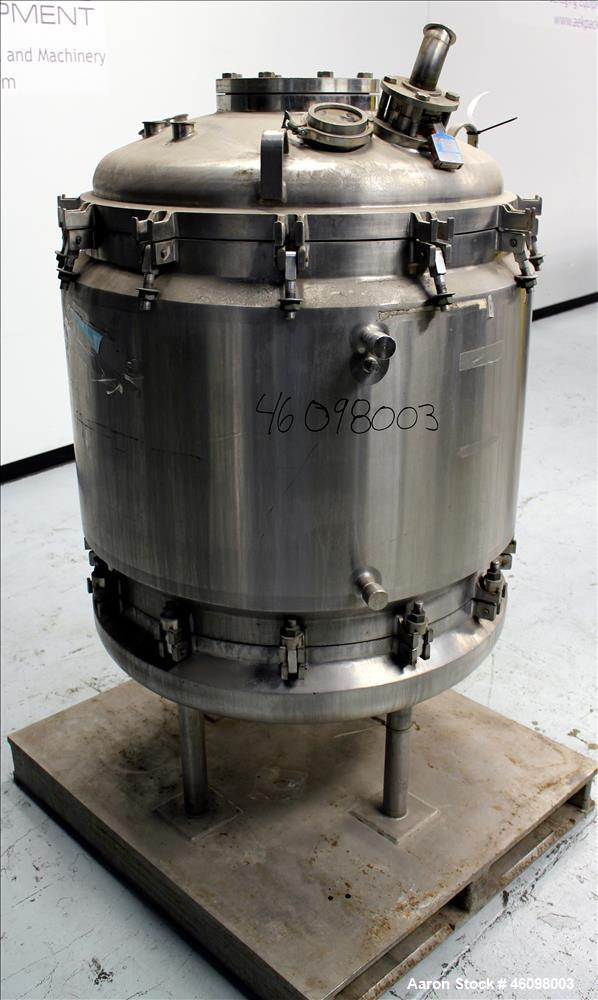 "Used- DCI Reactor, 100 Gallon, 316L Stainless Steel, Vertical. 33-3/4"" Diameter x 31-1/2"" straight side. Dished top and bott..."