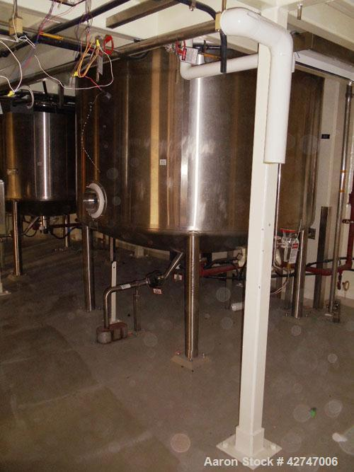 Unused- DCI Reactor, 10000 Liter (2642 Gallon), 316L Stainless Steel, Vertical. 102'' Diameter x 63'' straight side, dished ...