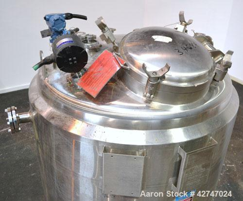 Unused- DCI Reactor, 1700 Liter (449 Gallon), 316L Stainless Steel, Vertical. 48'' Diameter x 54'' straight side, dished top...