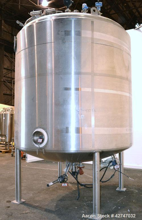 Unused- DCI Reactor, 10000 Liter (2642 Gallon), 316L Stainless Steel, Vertical. 92'' Diameter x 80'' straight side, dished t...