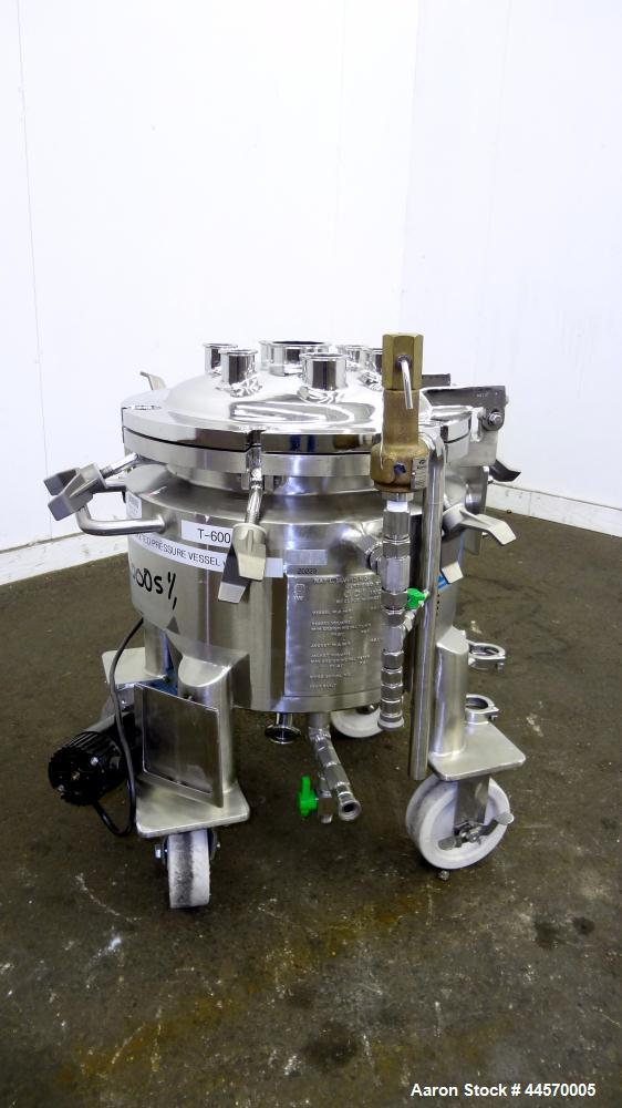 """Used- DCI Reactor, 20 Liter (5.2 Gallon), 316L Stainless Steel, Vertical.  14"""" Diameter x 9"""" straight side, dished clamp- on..."""