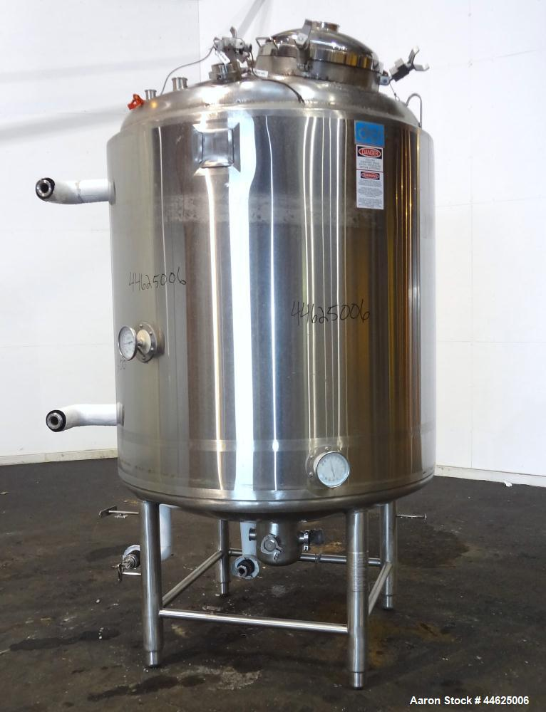 """Used- DCI Reactor, 2000 Liter (528 Gallon), 316L Stainless Steel, Vertical.  52"""" Diameter x 54"""" straight side, dished top an..."""