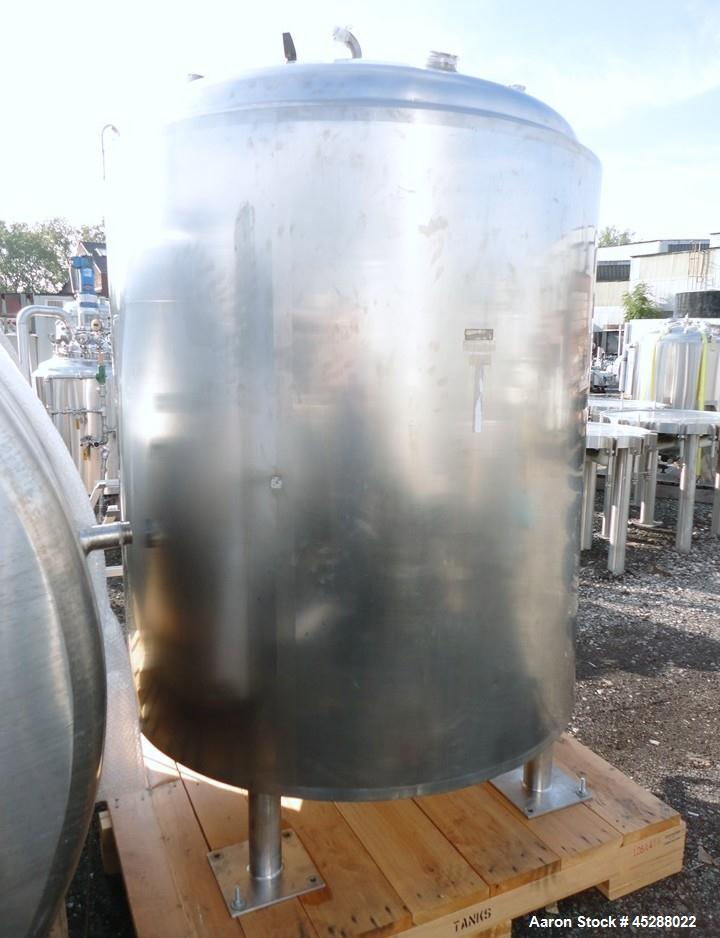 "Used- DCI Reactor, 2000 Liter (528 Gallon), 316L Stainless Steel, Vertical. 53-11/32"" Diameter x 52"" straight side, dished t..."