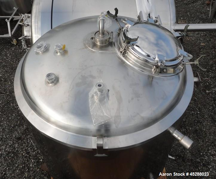 """Used- DCI Reactor, 2000 Liter (528 Gallon), 316L Stainless Steel, Vertical. 53-11/32"""" Diameter x 52"""" straight side, dished t..."""