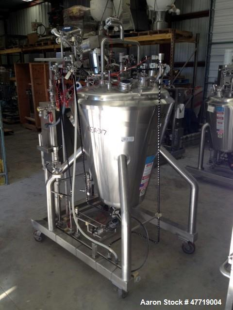 "Used- DCI Reactor, 370 Liter (97.7 Gallon), 316L Stainless Steel, Vertical. 38"" Diameter x approximate 42"" deep 29 degree co..."
