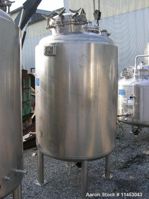 Used-Unused-1150 liter (300 gallon) Feldmeier reactor. 316L stainless steel construction, 25Ra electro-polished internal fin...