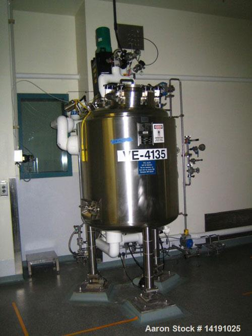 Used-Feldmeier approximately 125 gallon (500 liter) agitated, jacketed, sanitary stainless steel reactor with Lightnin fract...