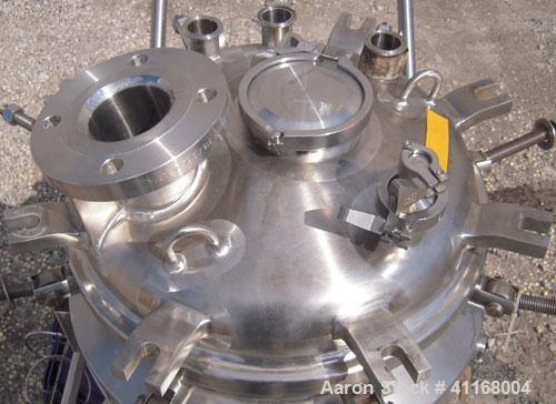 "Used- Feldmeier Reactor, 20 Gallon, 316L stainless steel, vertical. 18"" diameter x 18"" straight side. Bolt down dish top, di..."