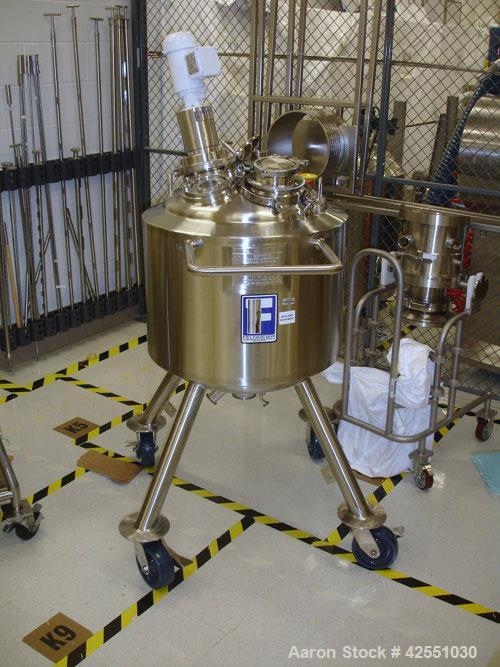 """Used- Feldmeier Reactor, 25 Gallon, stainless steel.  20"""" Diameter x 20"""" straight side, dish top and bottom, rated 50 psi an..."""