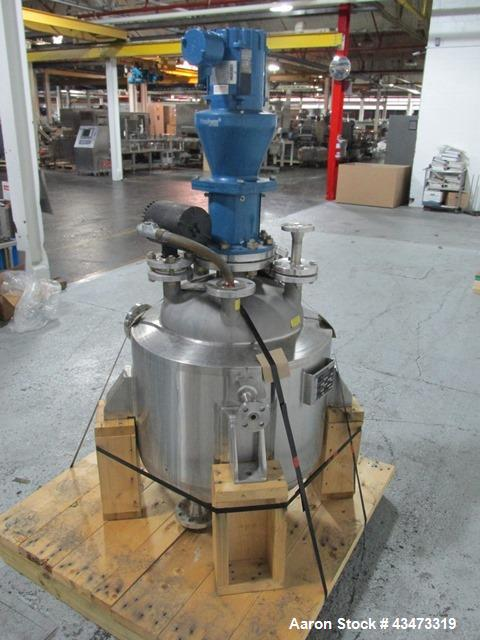 "Used- Feldmeier Reactor, 20 Gallon, 316L Stainless Steel. Approximately 20"" diameter x 14"" straight side, semi elliptical to..."