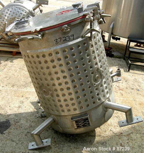 "Used- Feldmeier Equipment Reactor, 100 Gallon, 316L Stainless Steel, Vertical. 28"" diameter x 36"" straight side, flat clamp ..."