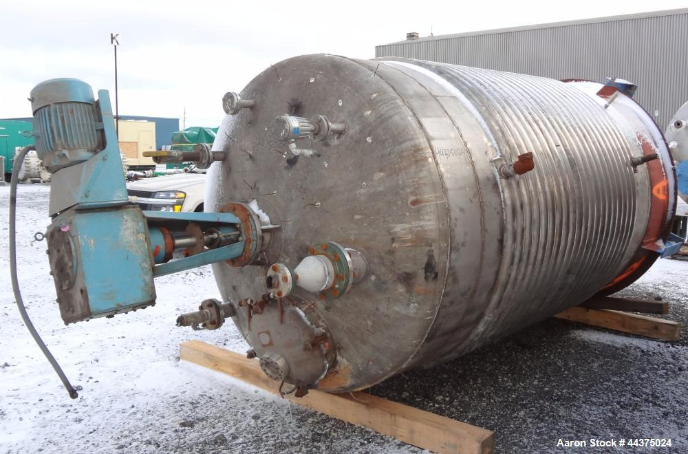 """Used- Harris Tanks Reactor, 2300 Gallon, 316L Stainless Steel, Vertical. Approximate 78"""" diameter x 108"""" straight side, dish..."""