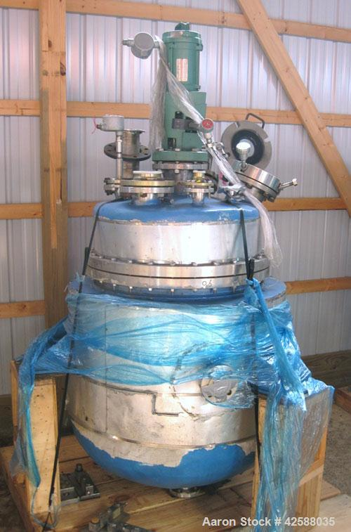 """Used- J.D. Cousins Reactor, approximately 100 gallon, 316L stainless steel. 30"""" Diameter x 30"""" straight side, dished bolted ..."""