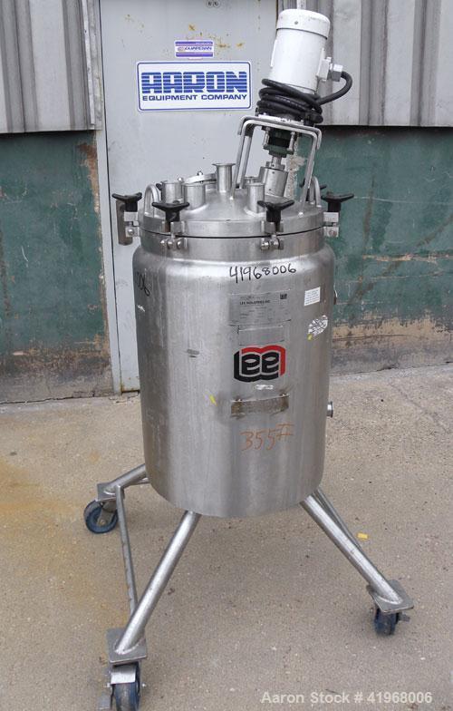 "Used- Lee Industries Reactor, 26.4 Gallon, model 100LU, 316L stainless steel, vertical. 18"" diameter x 24"" straight side, di..."