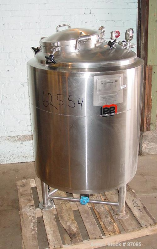 """Used- Lee Industries Reactor, 120 Gallon, Stainless Steel, Vertical. 34"""" Diameter x 34"""" straight side, dished top and bottom..."""