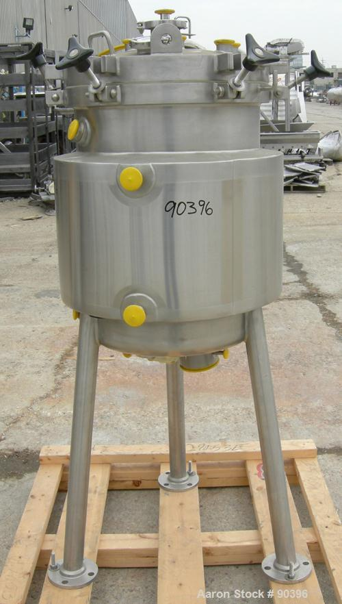 "Used- Lee Industries Reactor, model 156 LU, approximately 41 gallon, 316L stainless steel, vertical.  20"" diameter x 26 1/2""..."