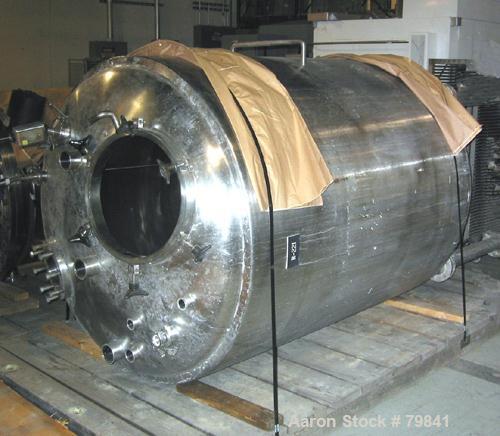 """USED: Lee Industries reactor, model 2000LU, 528 gallon, 316L stainlesssteel, vertical. 52"""" diameter x 56"""" straight side. Dis..."""
