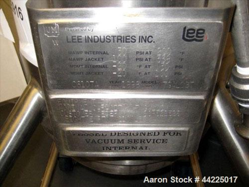 Used- Lee Industries Reactor, 7 Gallons, Model 7GALDBP. Removable dished top, dished bottom. Internal rated 30 psi and full ...