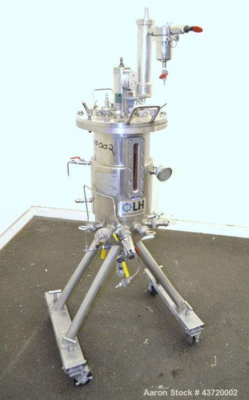 Used- 7-1/2 Gallon Stainless Steel LH Fermentation Reactor