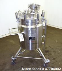 "Lee Industries Reactor, 20 Gallon, Model 20U, 316L Stainless Steel, Vertical. 18"" Diameter x 15"" st..."