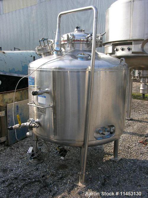 "Used-1100 Liter (290 Gallon) Mueller Reactor, stainless steel construction. 48"" diameter x 30"" straight side, dish top and b..."