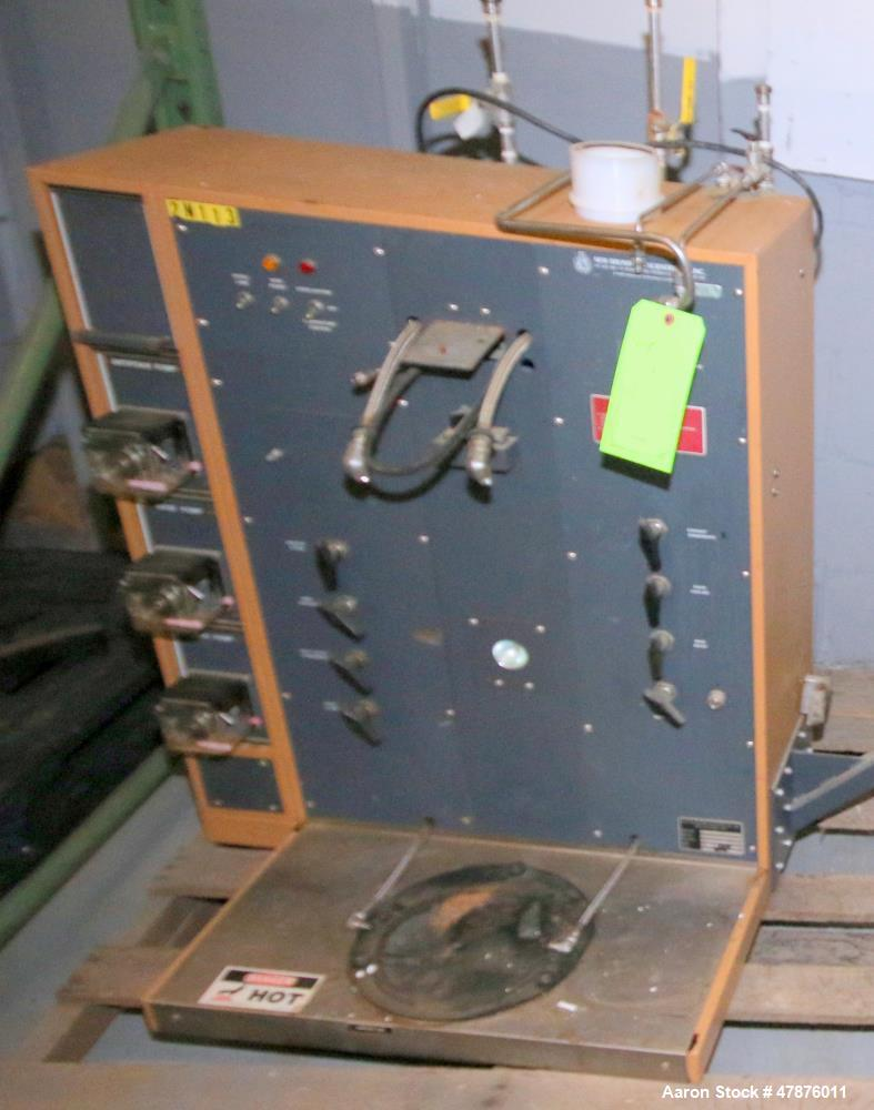 Used-New Brunswick Batch/Continuous Bioreactor, Model SF116, Serial # 090922868 115V, 1PH, 120V, with ML-4100 Monitor