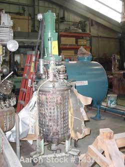 "Used- Stainless Steel Reactor, 20 gallon. 16"" diameter x 28"" deep (no tag found), stainless steel dimple jacket, Lightnin to..."