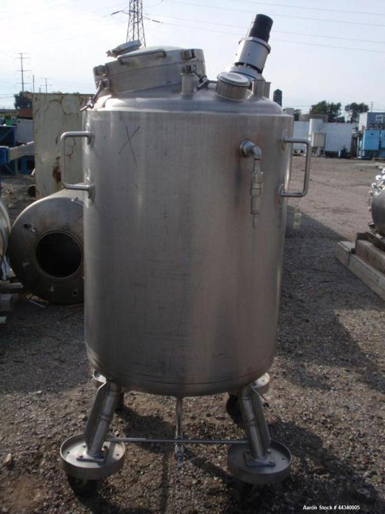 """Used- Northland Stainless Reactor, 100 Gallon, Stainless Steel. Approximately 28"""" diameter x 40"""" straight side, dished top a..."""