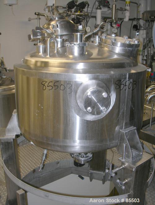 "USED: Northland Stainless reactor, 50 gallon, 316l stainless steel, vertical. 30"" diameter x 14"" straight side, dished top a..."