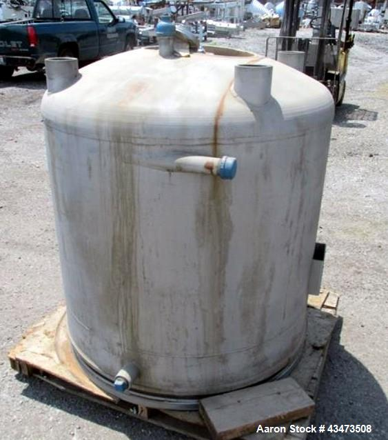 "Unused- Pfaudler Reactor Lower Body Only, 200 Gallon, 316L Stainless Steel. Approximately 40"" diameter x 40"" straight side, ..."