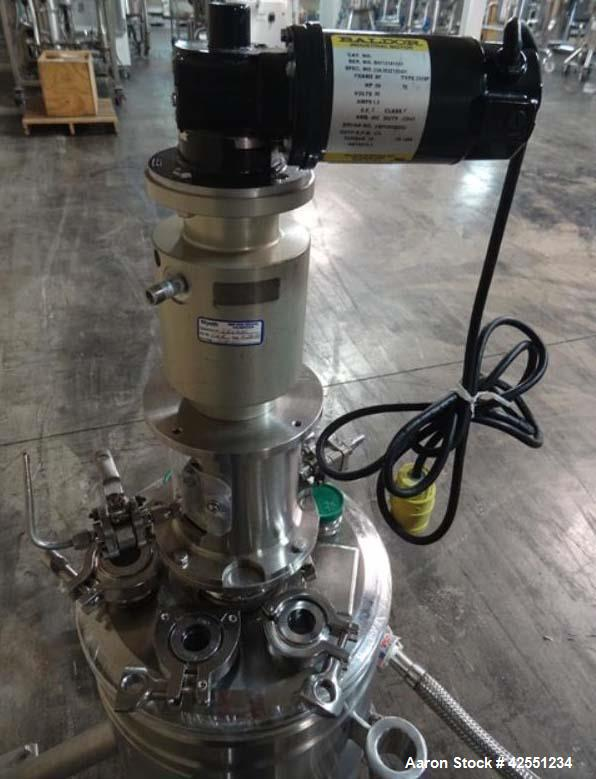 """Used-Precision Reactor, 10 Liter(2.6 Gallon), 316L Stainless Steel. 11.5"""" Diameter x 3"""" straight side top section, 8"""" diamet..."""