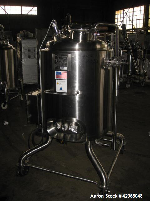 "Used-250 Liter Precision Reactor, 316 L stainless steel construction, 24"" diameter x 34"" straight side, dished top and  bott..."
