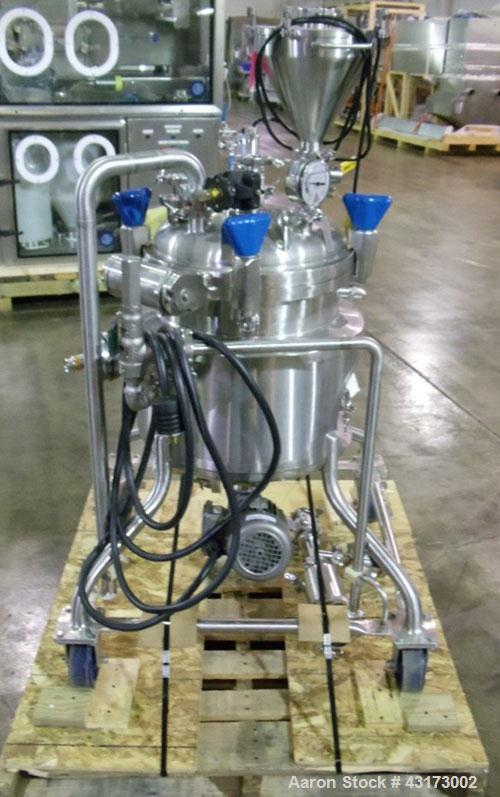 "Used- PureFlo Precision Reactor, 40 Liter (10.5 Gallon), 316L Stainless Steel, Vertical. Approximately 18"" diameter x 10"" st..."