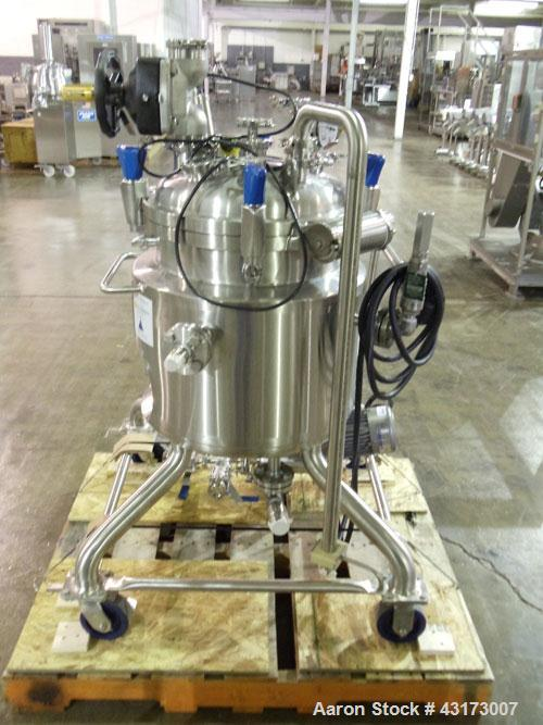 """Used- PureFlo Precision Reactor, 70 Liter (18.4 Gallon), 316L Stainless Steel, Vertical. Approximately 18"""" diameter x 18"""" st..."""