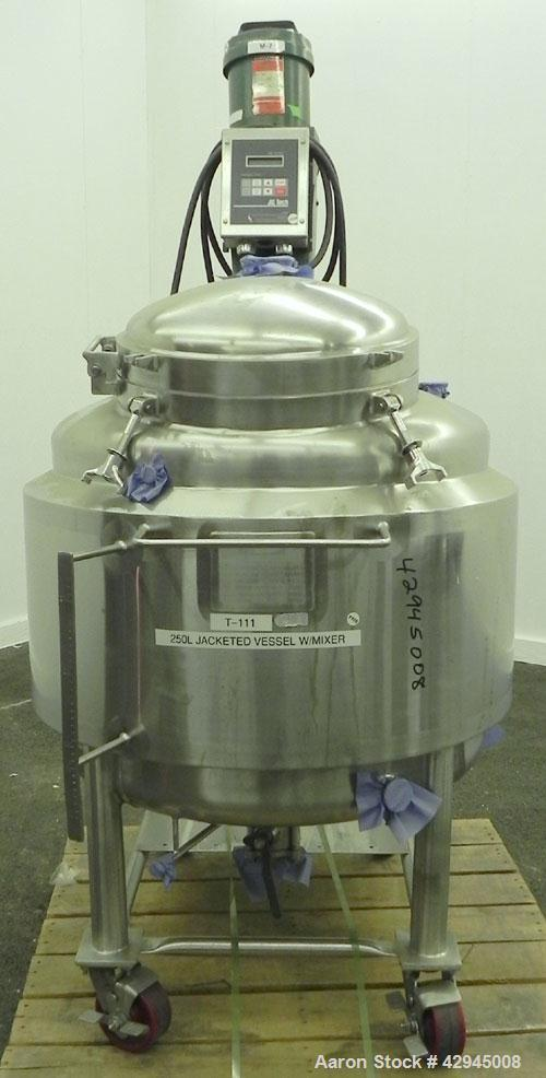 Used- Walker Reactor, 66 Gallon (250 Liter), 316L Stainless Steel, Vertical. 30'' Diameter x 20'' straight side, dished top ...