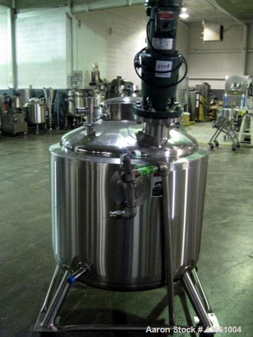 """Used- Walker Stainless Reactor, 80 Gallon, 316L Stainless Steel. 32"""" Diameter x 24"""" straight side, dished top and bottom. In..."""