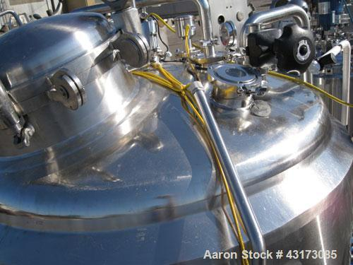 """Used- WHE Biosystems Reactor, 1000 Liter (250 Gallon), 316L Stainless Steel Construction. 48"""" Diameter x 24"""" straight side x..."""